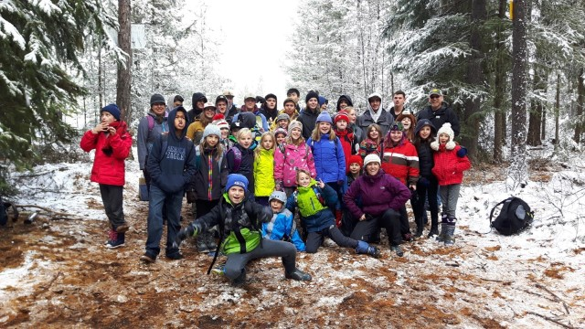 Outdoor Education at Kootenay Orchards Elementary School